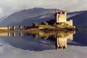 Eilean-Donan-Castle-1220-Loch-Duichear-Kyle-of-Lochalsh-Scotland